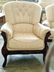 Кресло из кожи до перетяжки