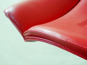 Кресло руководителя после перетяжки